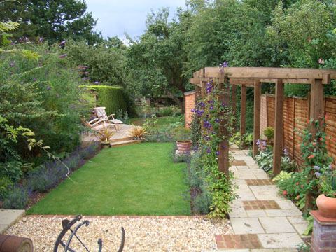 Garden ideas on pinterest narrow garden garden design for Small garden layout
